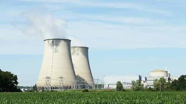 nuclear-396435_640